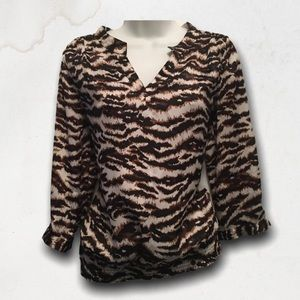 VIOLET & CLAIRE Animal Print 3/4 Sleeves Blouse